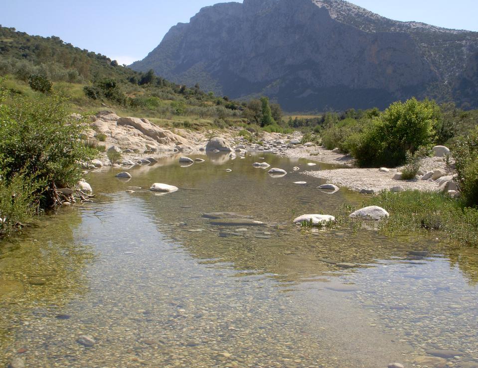 sardinie-Flumineddu River valley